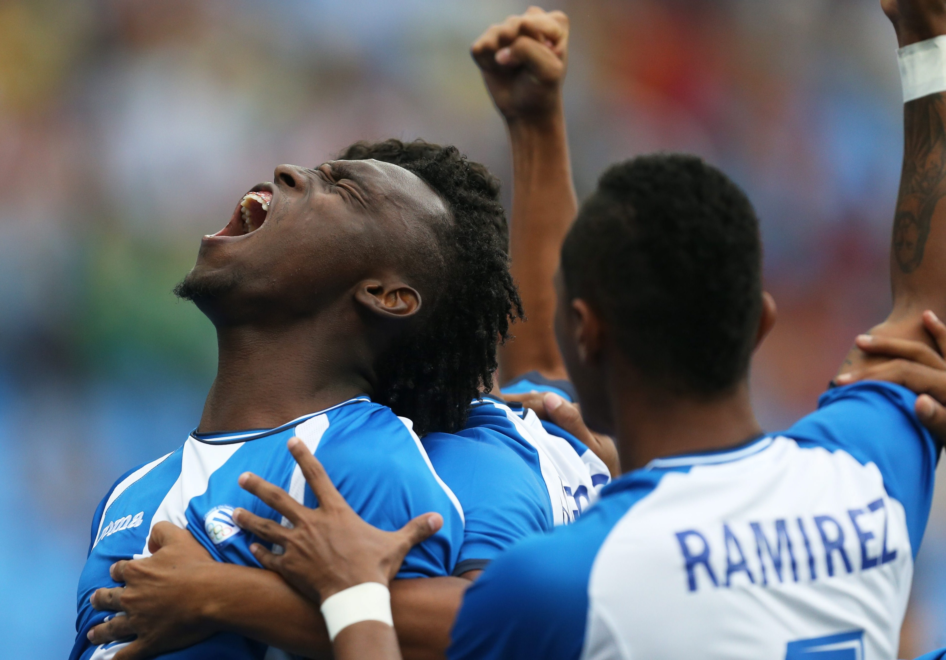 . Rio De Janeiro (Brazil), 07/08/2016.- Alberth Elis of Honduras celebrates his 1-0 goal during the men's preliminary round group D match between Honduras and Portugal of the Rio 2016 Olympic Games Soccer tournament at the Maracana Stadium in Rio de Janeiro, Brazil, 16 August 2016. (Brasil) EFE/EPA/ORESTIS PANAGIOTOU