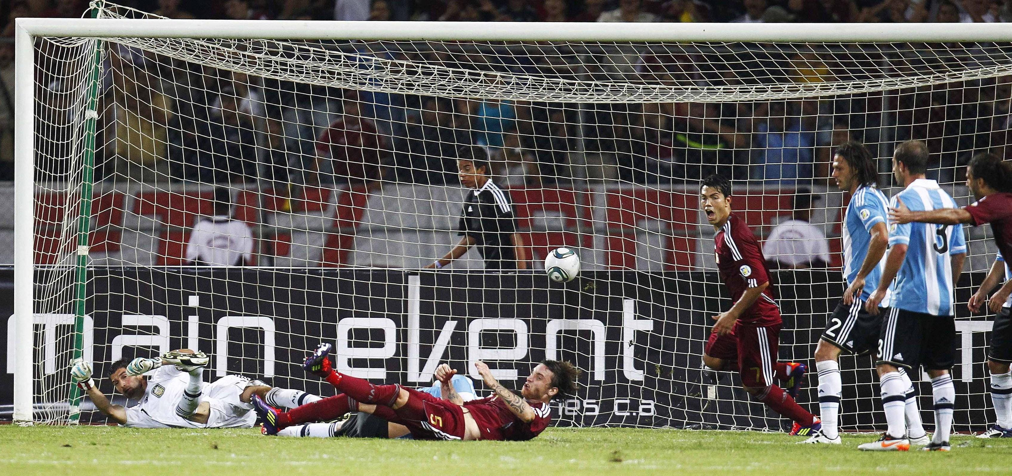 El triunfo Vinotinto sobre Argentina por la eliminatoria de Brasil 2014 (Video)
